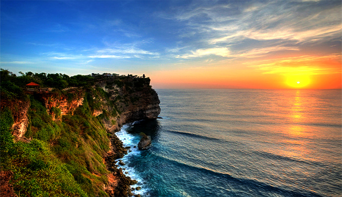 Uluwatu Sunset Cliff