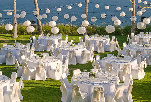 Khayangan estate wedding by bali for two bali for two wedding planner khayangans tropical wedding caterers will delight you with their stylish artistic expression the freshest most flavoursome ingredients are artfully junglespirit Images