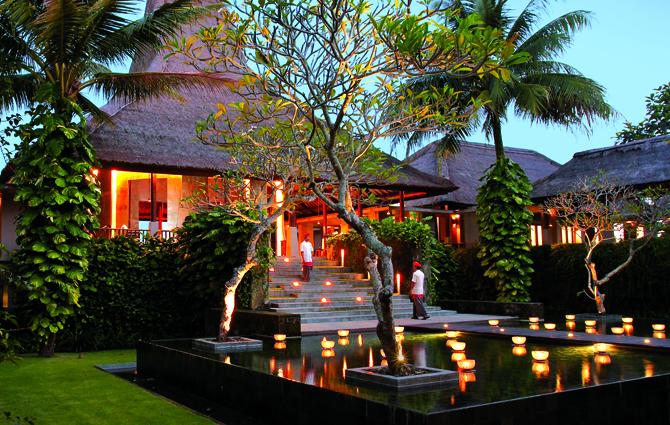 maya-ubud-lobby.jpg