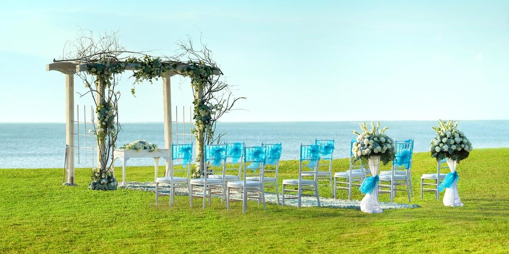 Outdoor_Wedding_Ceremony_InterContinental_Bali_Resort_Prestigious_Venues.jpg