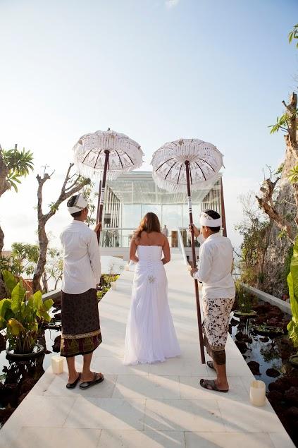 08. Anantara Bali Uluwatu Wedding - DEWA DEWI chapel (12).jpg