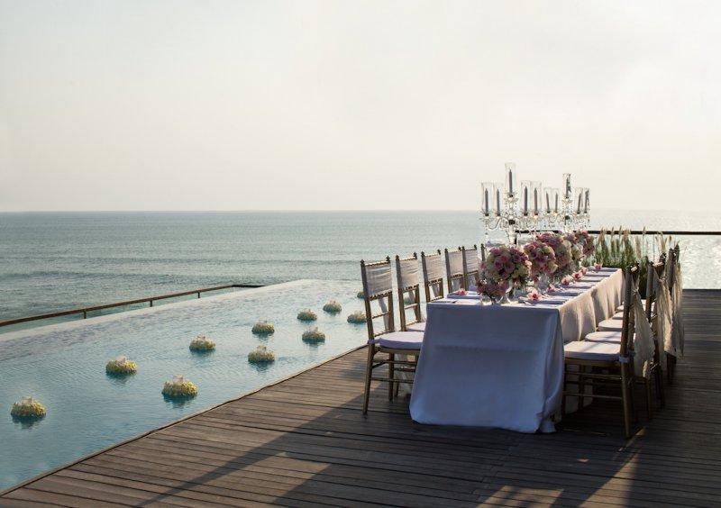 alila-seminyak-dinner-at-the-penthouse-02.jpg