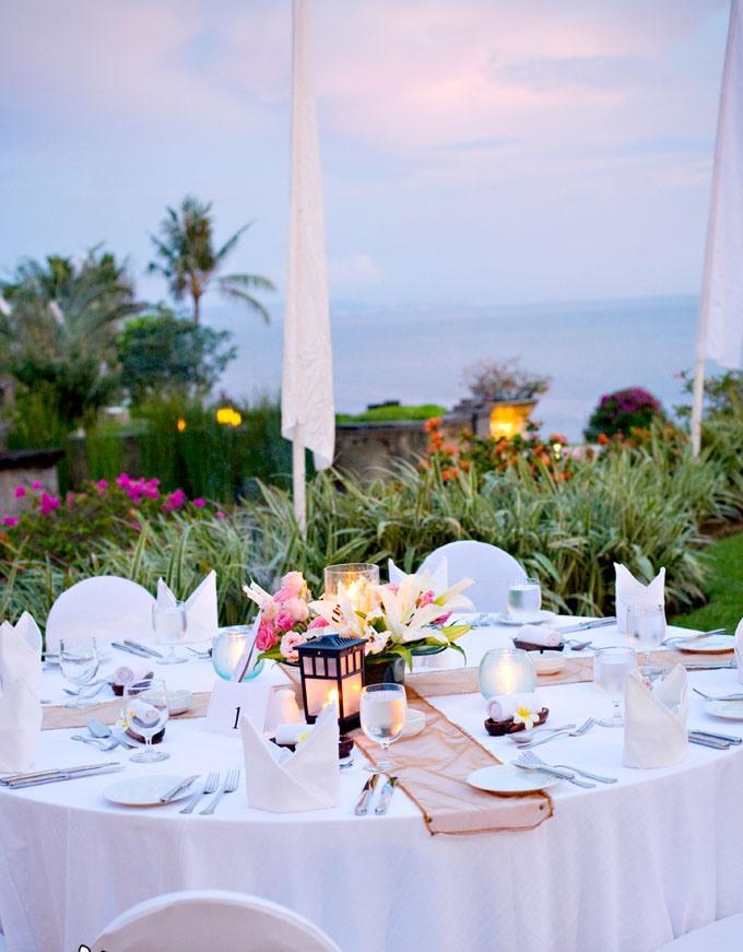 Taman Sari Cliff Top Dinner .jpg