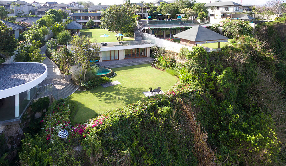 the-pandawa-cliff-estate-villa-markisa-magnificent-villa.jpg