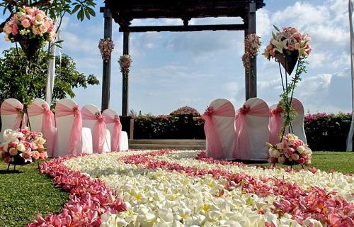ayana secret garden wedding by balifortwo.jpg