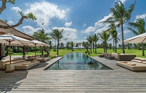 Kaba-Kaba-Estate-Pool-deck.jpg
