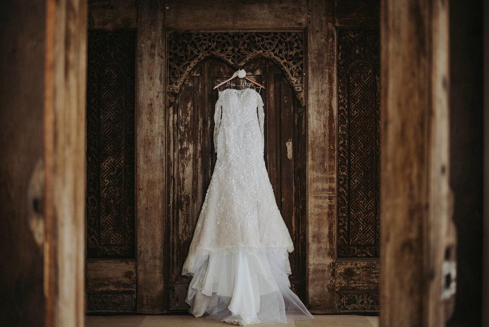 Villa ombak putih wedding dress