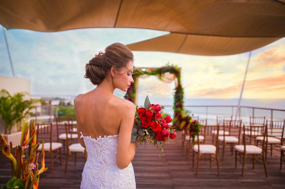 Sheraton Bali - Bene Rooftop - Bride.jpg