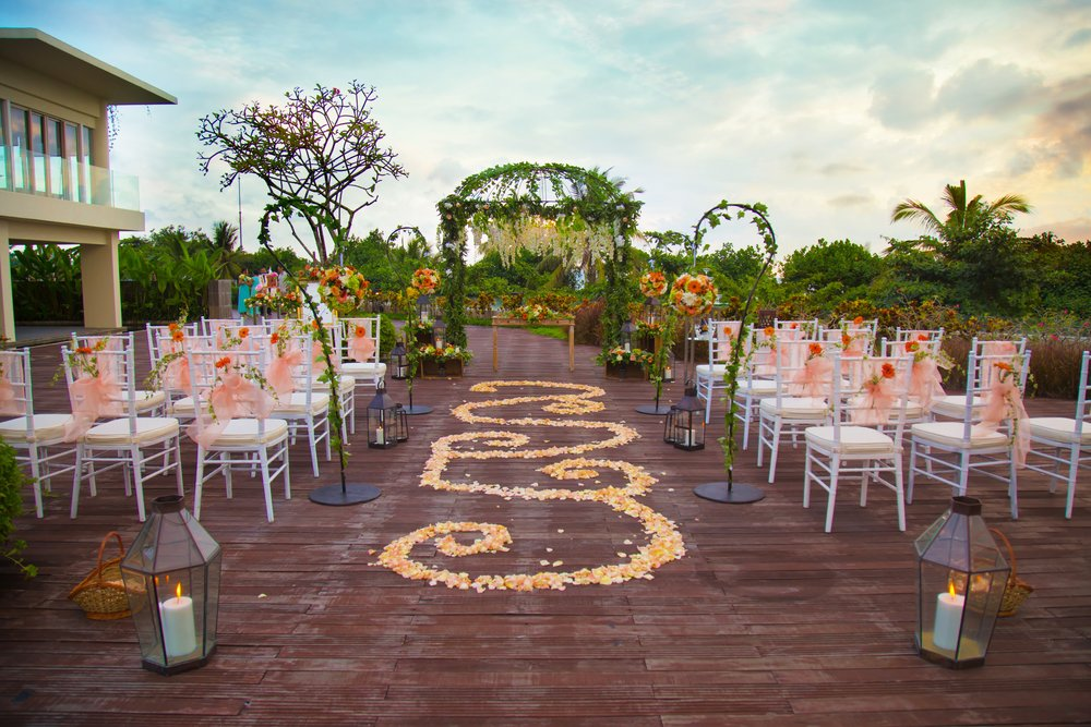 Sheraton Bali - Courtyard - Setup of Garden Wedding.jpg