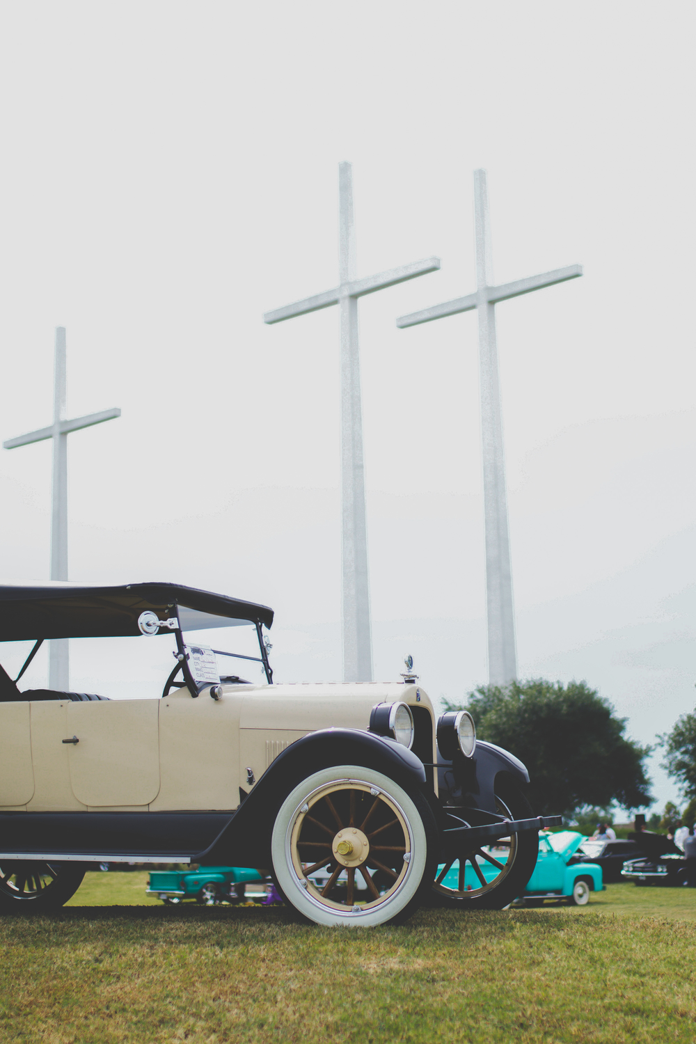 cars at the crosses (9 of 63).jpg