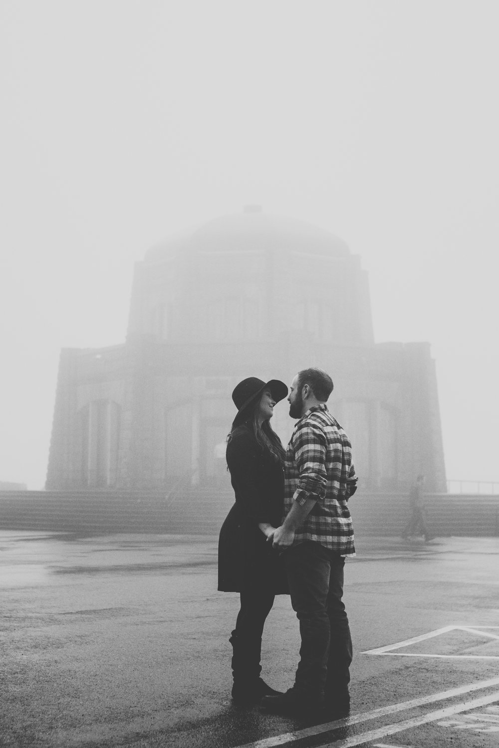 victoria columbia gorge engagement in the rain.  (43 of 125).jpg