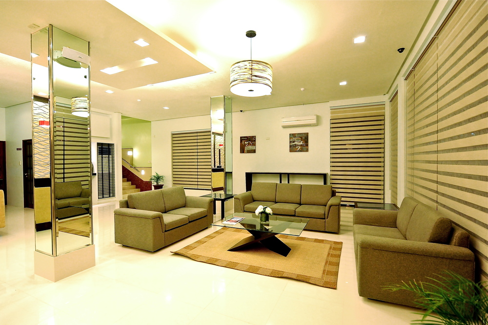 Casablance Suites - lobby seating.jpg