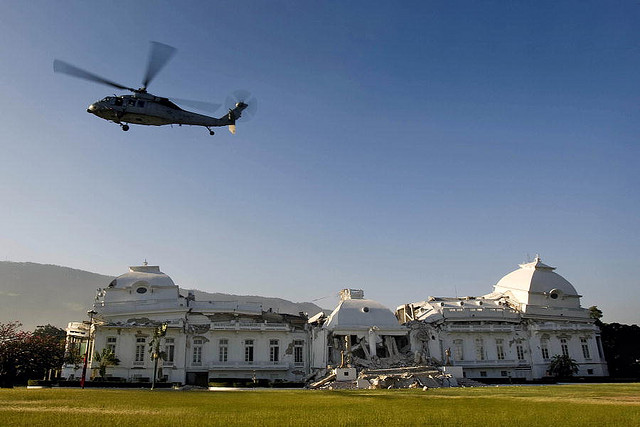 U.S. Helicopter Lands Beside Haiti's Crumbling Presidential Palace