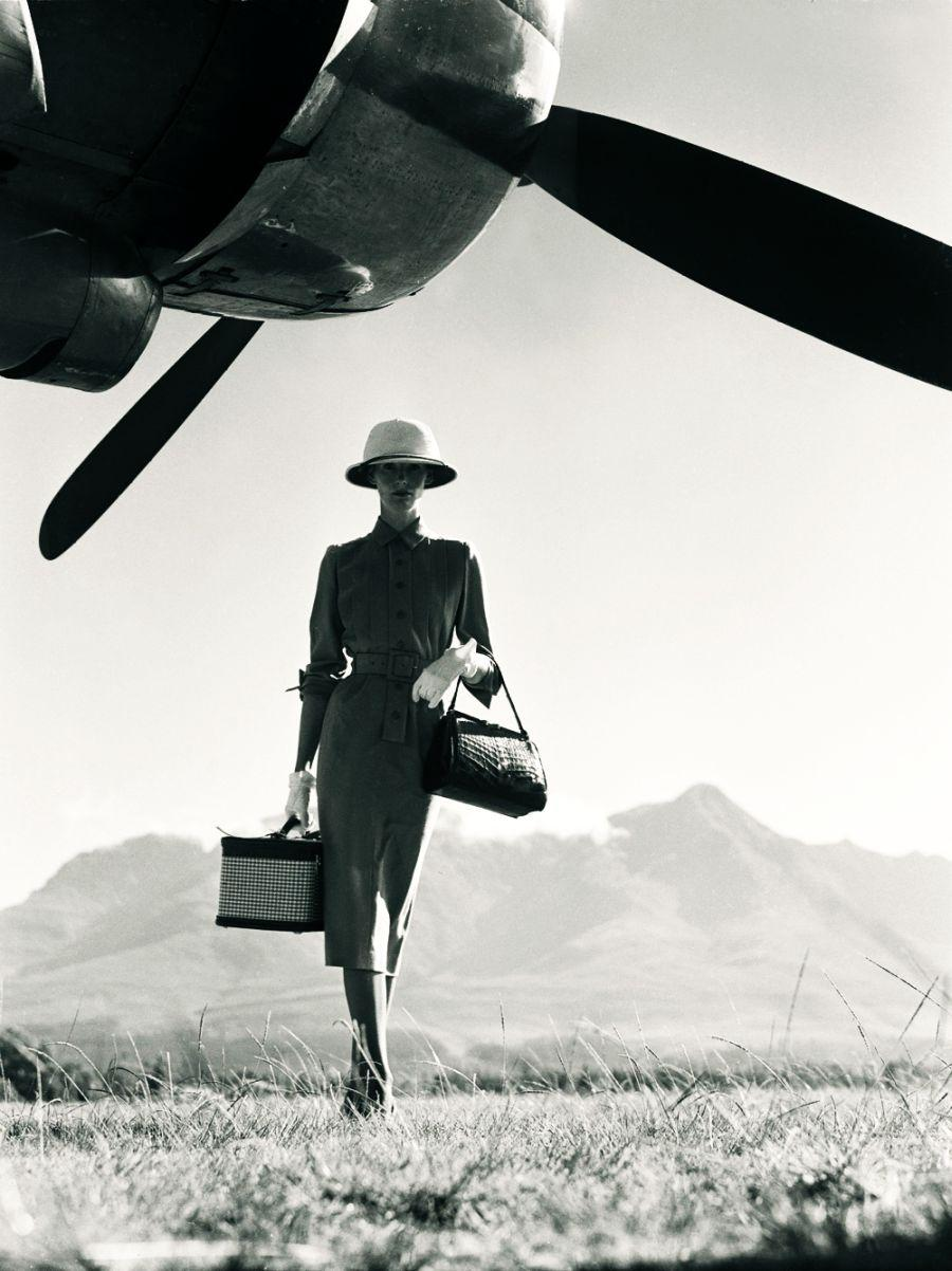 Departure, Woman traveling, plane