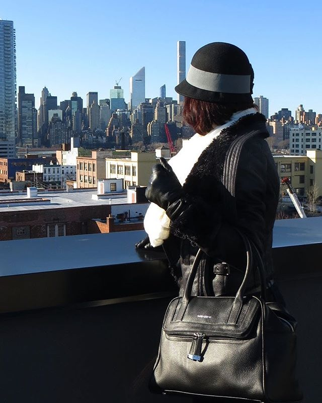 Cold weather won't stop us! #style . . . #handbags #leathergoods #madeinnyc #fashion #mybag #leatherbag #handmade #giftsforher #oneofakind