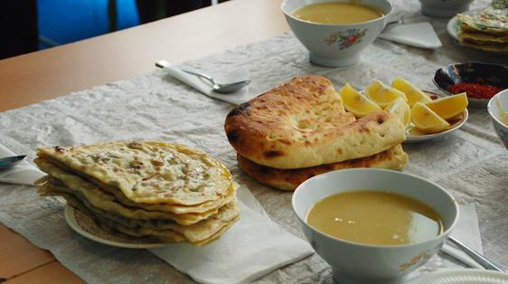 Alicia Morga Azerbaijan merji shorbasi (lentil soup)