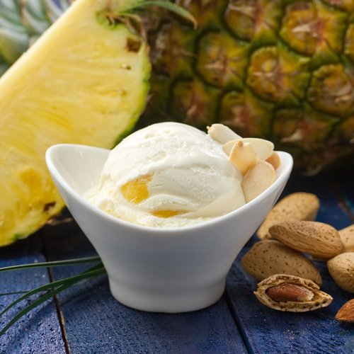 merry moo artisan ice cream toasted almond pineapple.jpg