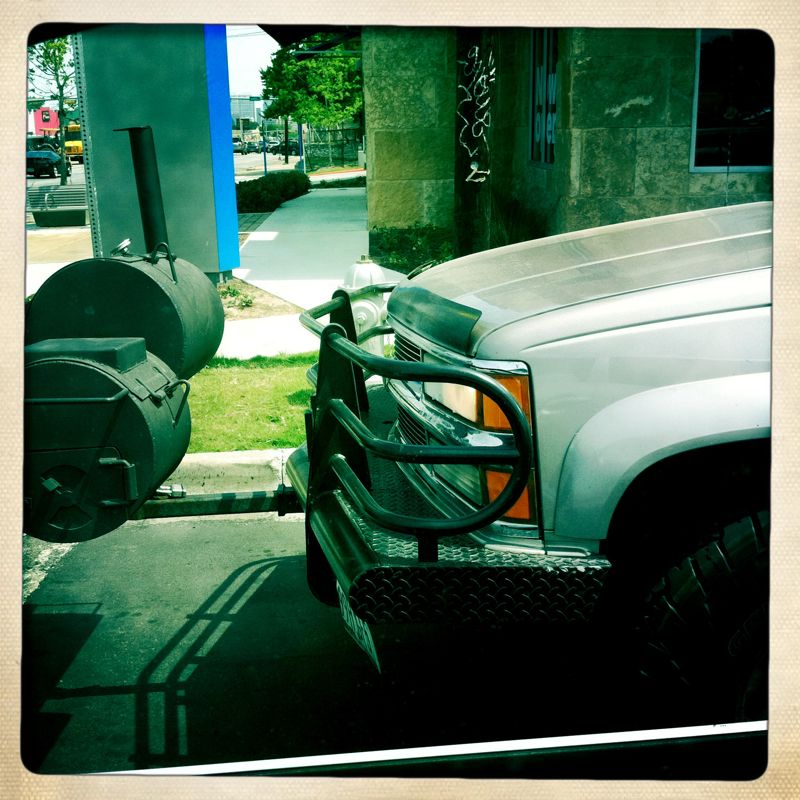 Via lizlambert: A barbecue pit is mounted to the brush guard on the front of this guy's pickup. #onlyintexas