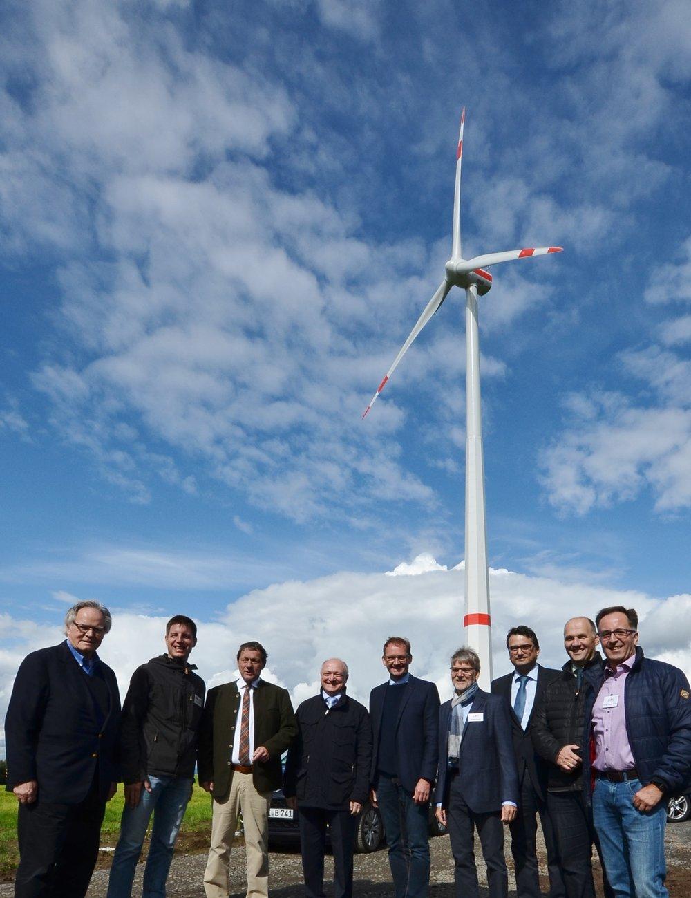 Windkraftanlage_EinweihungJPG