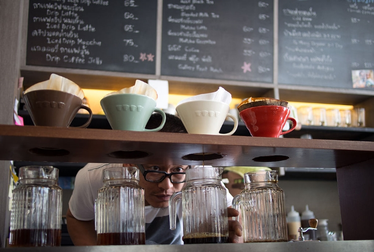 Cafe in Bangkok specializing in Pour Over (photo: Takeaway)