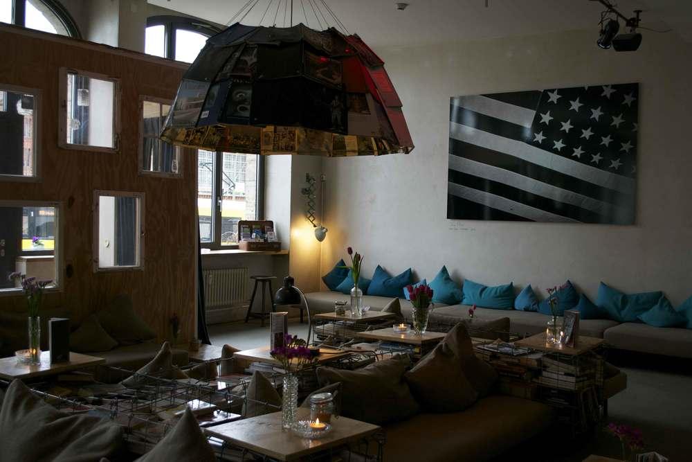 Michel-Berger-Hotel-chill