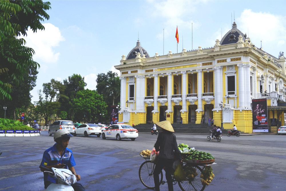 Hanoi - Opera - Wonderluhsters