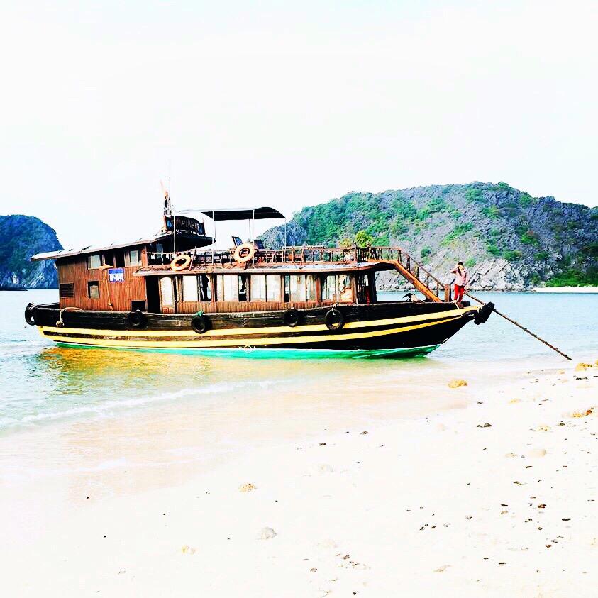 Jonque - Baie d'Halong - Vietnam - Wonderluhsters