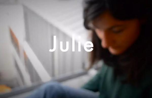 Julie-Wonderluhsters