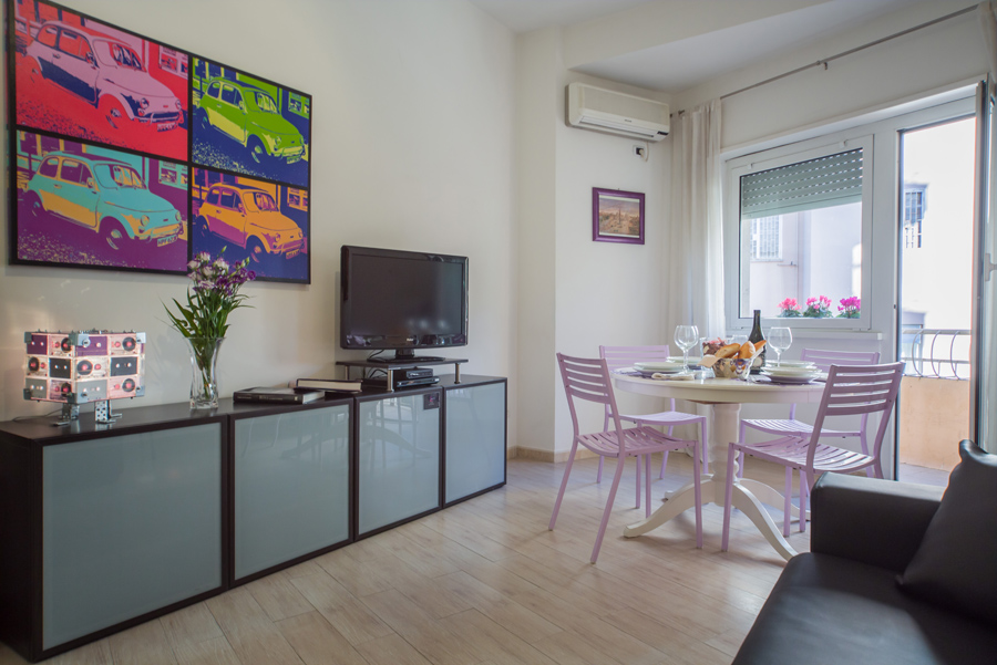 3-Violet-Apartment-Rome-Vatican-Booking-Award-Purple-Home.jpg