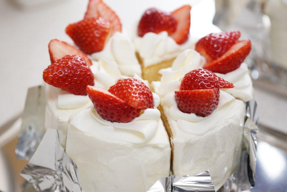 P301 - イチゴのショートケーキ