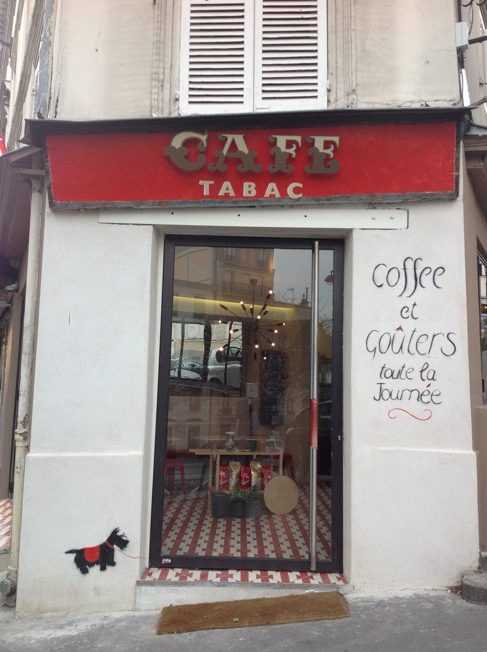 CAFE TABAC - Montmartre , Paris
