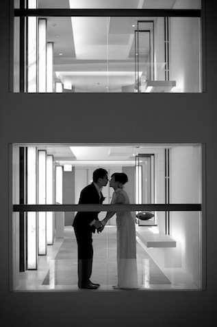 HK wedding couple kissing at Upper House boutique hotel
