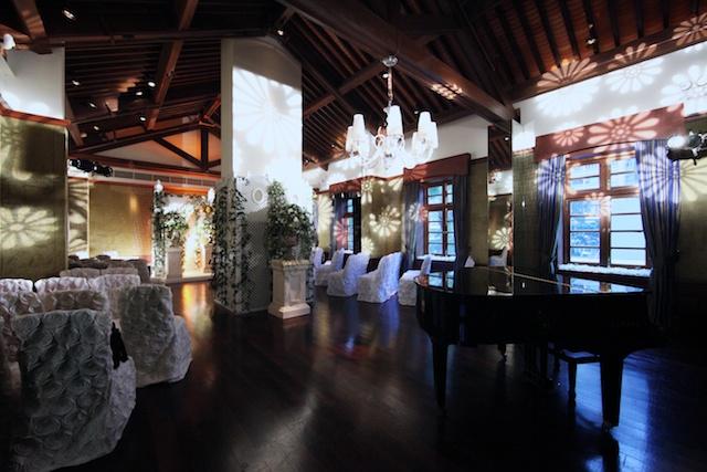 Hong Kong wedding venue grand piano hullett house
