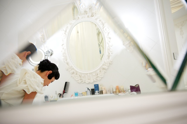Hong Kong wedding bride prep getting ready hullett house