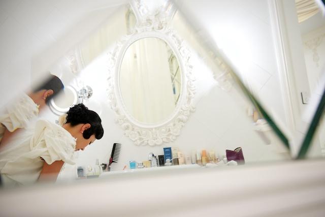 Hong Kong wedding bride prep getting ready hullett house