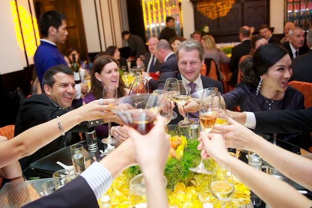 Hong Kong wedding friends marriage banquet celebration hullett house