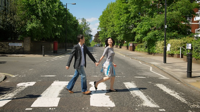 London-couple-pre-wedding-engagement-session-on-location-holding-hands