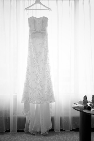 Hong Kong Wedding bride gown dress black and white