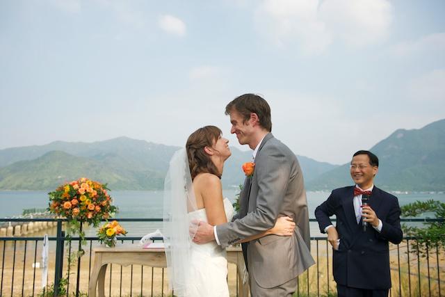 Hong Kong Wedding one-thirtyone bride groom first kiss marriage