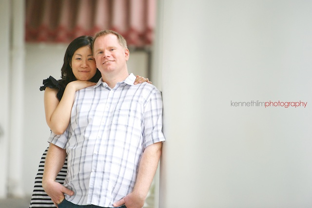 Hong-Kong-engagement-session-portraits-couple-hong-kong-park-outdoor-groom-bride-tea-museum