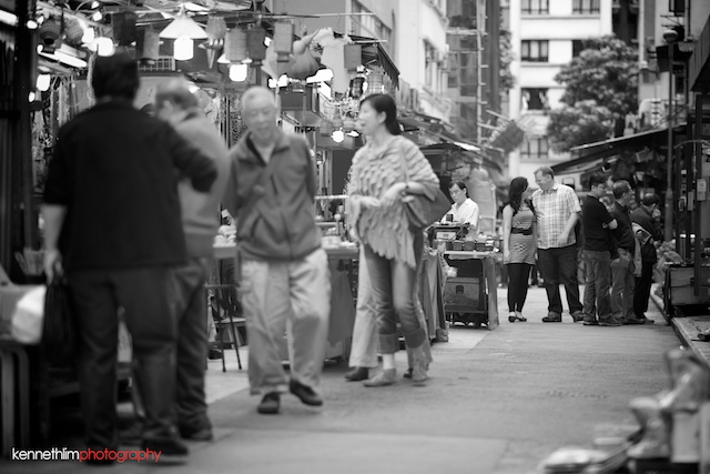 Hong-Kong-engagement-session-portraits-couple-soho-walking-outdoor-groom-bride-smiling