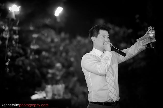 Kona Hawaii US Wedding outdoor dinner speech toasting black and white