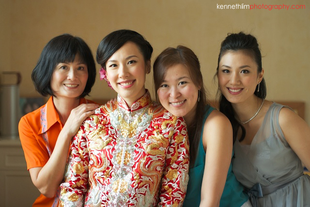 Hong Kong The Verandah wedding morning bride mother bridesmaids getting ready portrait