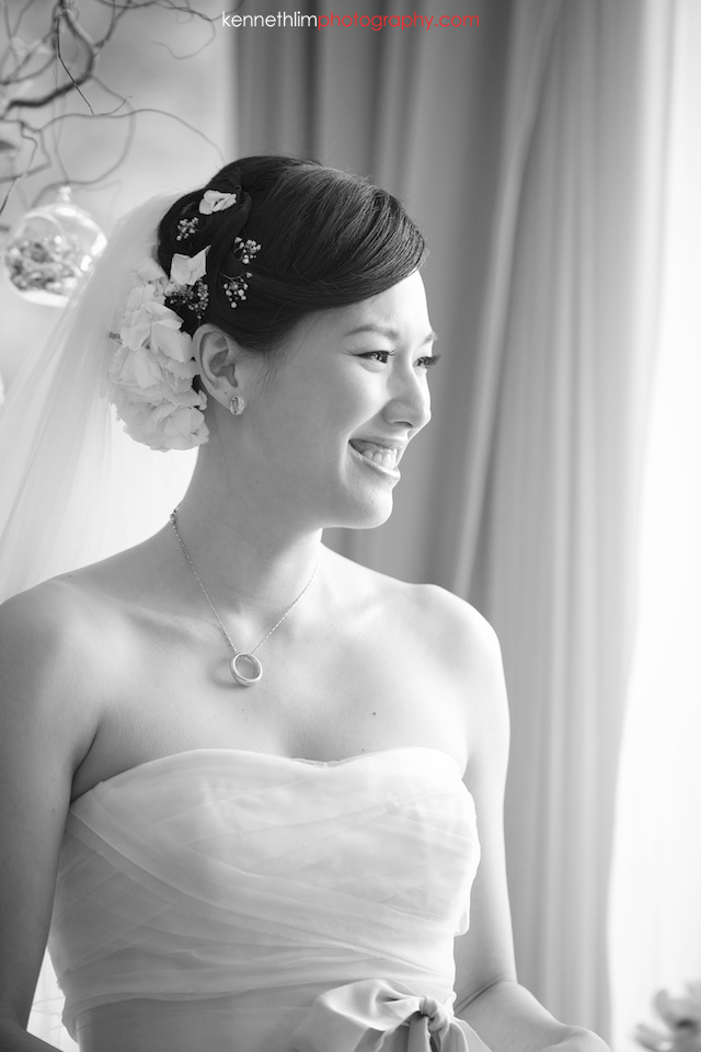 Hong Kong The Verandah wedding outdoor bride emotional smile vow exchange