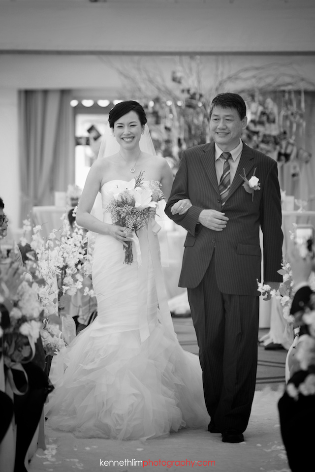 Hong Kong The Verandah wedding outdoor bride father walking down aisle
