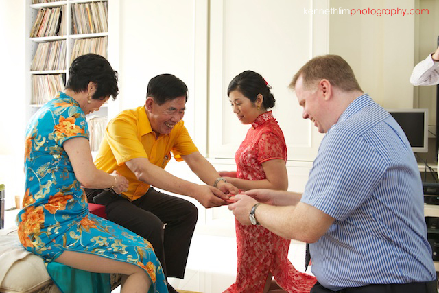 Hong Kong Shatin wedding morning family tea ceremony lai see