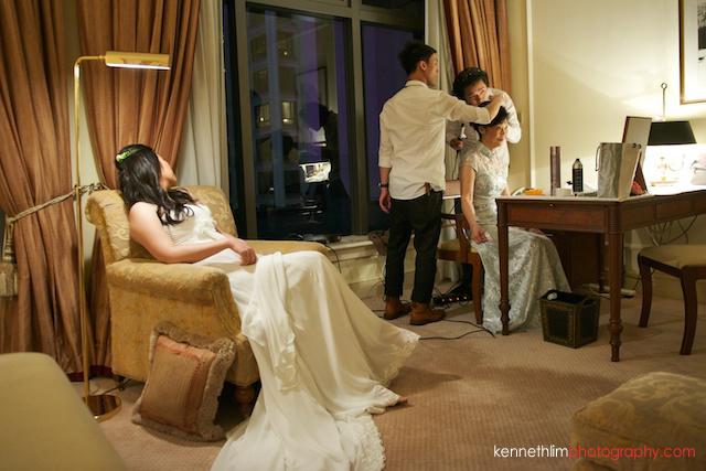 Hong Kong The Peninsula wedding bride and mother getting ready