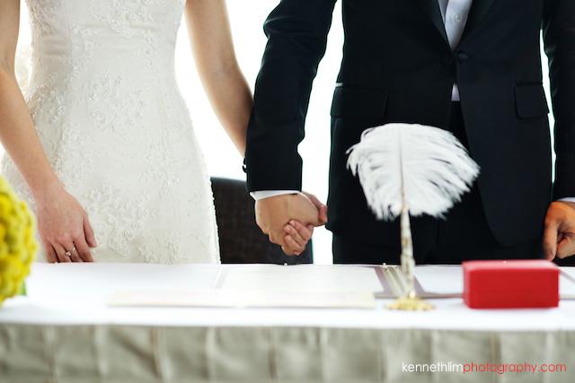 Hong Kong Wooloomooloo Prime wedding groom and bride holding hands