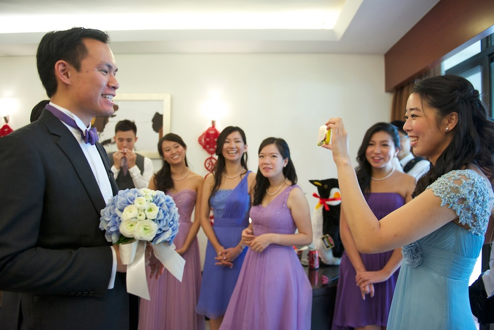 Hong Kong Beas River Country Club wedding photography groom giving speech to bride for games