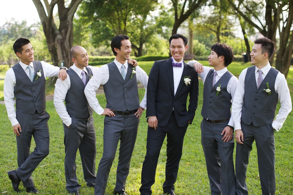 Hong Kong Beas River Country Club wedding phtography groom and groomsmen portrait session together